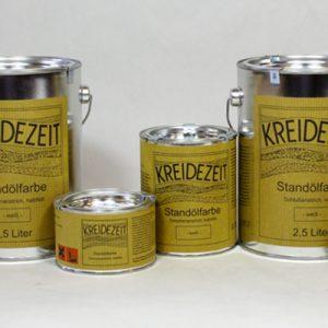 Standölfarbe ist in den Größen 0,375 l, 0,75 l und 2,5 l erhältlich